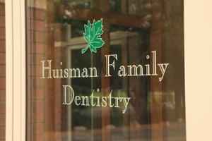 Huisman Family Dentistry Window